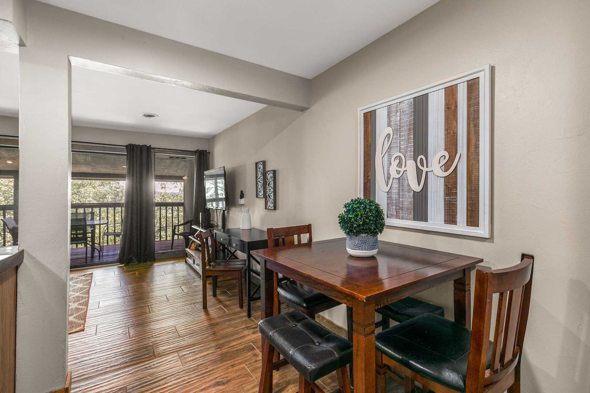 This condo has everything you are looking for to have the pe