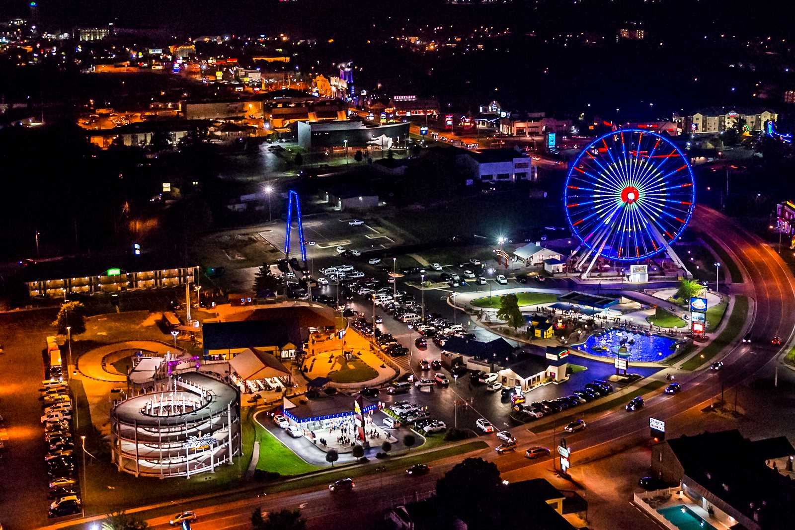 The new Branson Ferris Wheel came to use straight from Chica