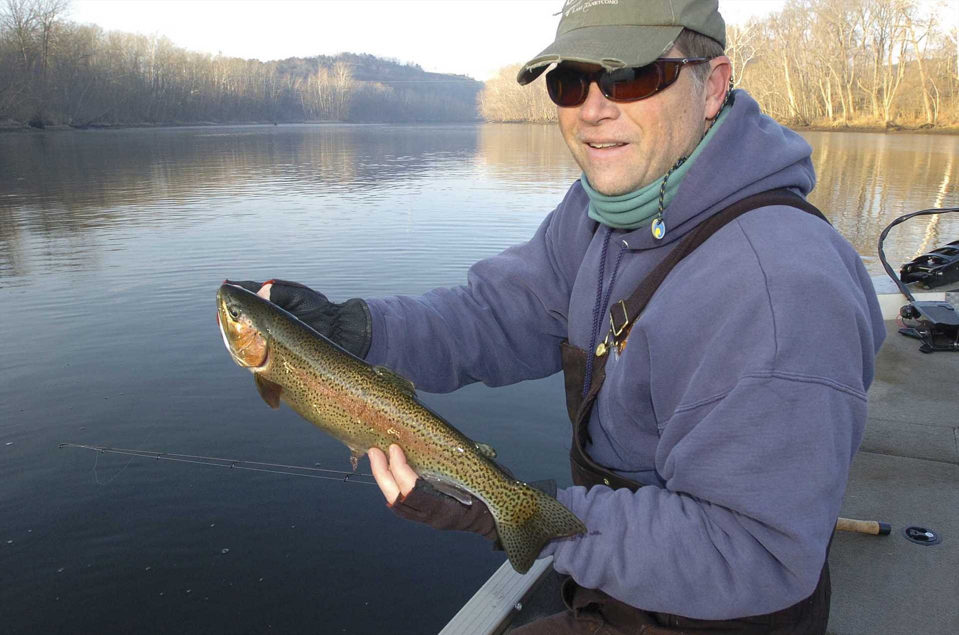 There is greast trout fishing on Taneycomo and freshwater on