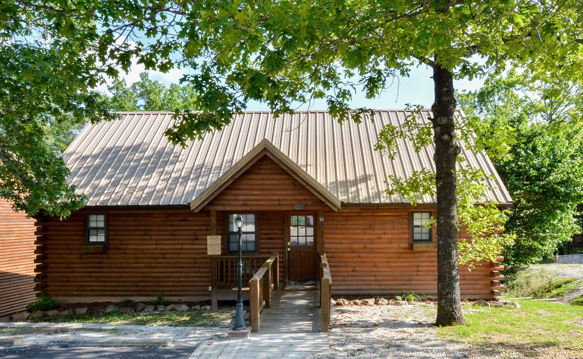 Welcome home! You'll love what this log cabin has to offer f